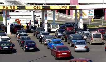 Rynek paliw w Polsce. Alarmujący raport: Szara strefa niszczy polski przemysł naftowy