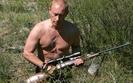 Putin ma 62 lata, a wci�� pozuje na twardziela