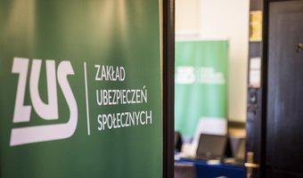 Ponad 1,4 tys. studentów trafi na płatne praktyki do ZUS