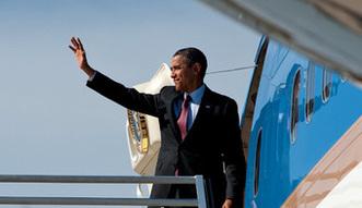 Zarobki w USA. Takie wynagrodzenie Barack Obama otrzyma� w ubieg�ym roku
