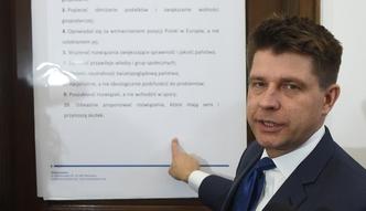 """""""Dekalog Nowoczesnej"""" - oto �elazne zasady partii Ryszarda Petru"""