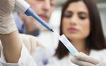 Wyznaczanie trendów w nauce: Poszukiwanie skutecznych leków i szczepionek przeciw Eboli