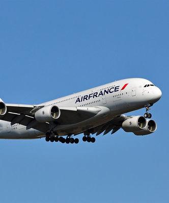 Zwolnienia w Air France. Bijatyka, z dyrektora zdarto koszul�