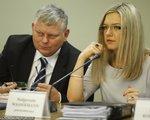Komisja śledcza zdecydowała o przesłuchaniu syna Donalda Tuska. Sam były premier nieprędko stanie przed posłami