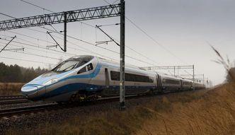 Walka kolei z autobusami. PKP Intercity umo�liwi zakup ta�szego biletu przez internet