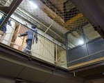 Zatrzymani ws. korupcji w Elektrowni Szczecin dłużej posiedzą w areszcie