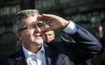 Ranking zaufania do polityk�w. Bronis�aw Komorowski zn�w na czele