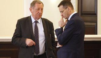 Spór w rządzie Prawa i Sprawiedliwości. Morawiecki i Szyszko walczą o pieniądze za drewno
