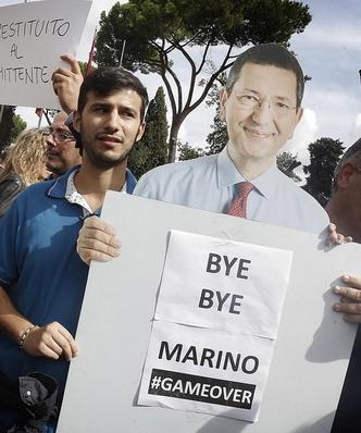 Dymisja burmistrza Rzymu. Zgubi�y go nadu�ycia i mijanie si� prawd�