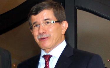 Sytuacja na Krymie niepokoi Ankar�. Turcja wkracza do gry