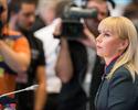 """Bie�kowska: """"Powinni�my szybkim krokiem i�� w kierunku strefy euro"""""""