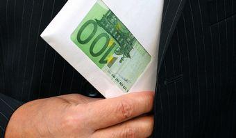 Korupcja w Polsce prawie najwi�ksza w Unii
