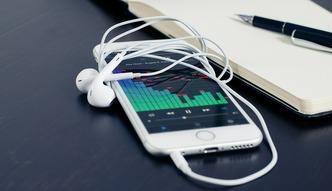 Apple Music ma 11 mln u�ytkownik�w. Dogoni Spotify?