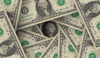 Dolar blisko 4 z�otych. Fed niezdolny do podwy�ek st�p