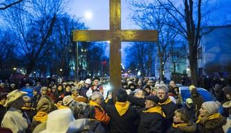 Katolicy, protestanci czy atei�ci? Zobacz, kto jest gospodarczym liderem po czasach komuny