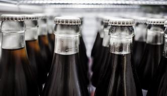 S�ynna butelka Coca-Coli ma ju� 100 lat. Poznaj jej histori�