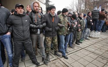 """Sytuacja na Ukrainie. Rosja """"straszy"""" nacjonalizmem, a na Krymie wrze"""