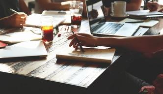 Raport PAIiIZ: 193,5 tys. Polak�w zatrudnionych w sektorze us�ug dla biznesu