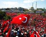 Iwestorzy uciekaj� z Turcji