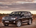 Toyota Land Cruiser V8 po face-liftingu