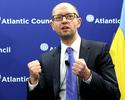 """Wojna na Ukrainie. Jaceniuk dla ,,Spiegla"""": Putin jest jak narkoman"""