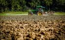 Kontrowersje wok� CETA. Wielkie korporacje wyeliminuj� rodzinne gospodarstwa rolnicze?