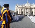 Benedykt XVI we�mie udzia� w kanonizacji papie�y