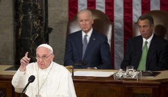 Papie� przemawia� w Kongresie. Polityka nie mo�e by� niewolnikiem finans�w i ekonomii