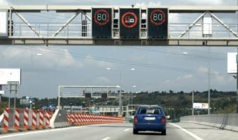 NIK: Budżet przepłacił 200 mln zł za autostrady