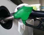 Analitycy: niskie ceny paliw na stacjach, a b�dzie jeszcze taniej