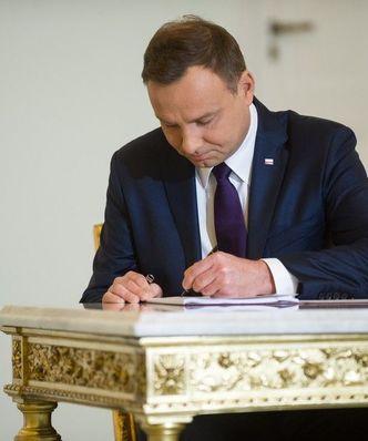 """Prezydent podpisał nowelę o obligacjach. To ma """"naprawić pewne kłopoty"""""""