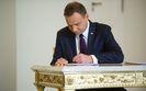 Prezydent podpisa� ustaw� o wynagrodzeniach w�adz pa�stwowych sp�ek