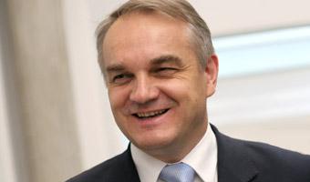 Pawlak dla Money.pl: Płaca minimalna relatywnie wysoka