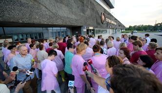Wynagrodzenia w s�u�bie zdrowia. Zobacz, ile zarabiaj� piel�gniarki i lekarze w Polsce