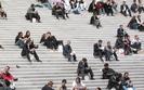 Jak uleczy� chory polski rynek pracy? Partie prze�cigaj� si� w pomys�ach