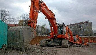 Mniej obowiązkowych szkoleń dla operatorów maszyn budowlanych