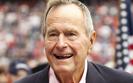 """George W. Bush trafi� do szpitala. """"Duszno�ci"""""""