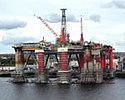 Wiadomo�ci: Koncerny naftowe tn� p�ace kontrahent�w