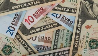 Brexit i wyniki referendum. Z�oty szybko traci na warto�ci. Co z euro i dolarem?