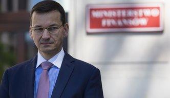 Ukrywanie długu publicznego? Morawiecki na próbę pożyczy 2 mld zł tak, że Bruksela tego nie zauważy