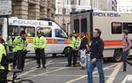 Po�ar poci�gu na dworcu Charing Cross w Londynie