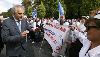 Protest piel�gniarek w Warszawie sko�czony. Jest propozycja resortu zdrowia i odpowied� piel�gniarek