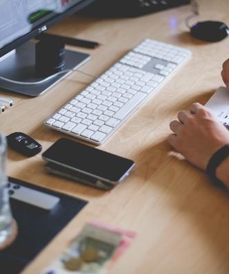 Urz�d skarbowy zmienia zdanie. Bloger-przedsi�biorca nie zap�aci ni�szego podatku?