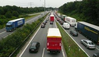 """Polscy transportowcy na tapecie unijnych ministrów. Przez """"socjalny dumping"""""""