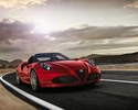 Alfa Romeo 4C Spider zmierza na salon do Genewy