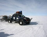 Toyota Hilux na Antarktydzie