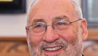 Joseph Stiglitz: Trojka fatalnie pomyli�a si� co do makroekonomicznych konsekwencji programu