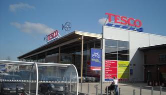 Tesco zamyka kolejne supermarkety w Polsce