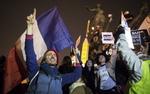 Demonstracje we Francji. Historyczny dzie� - blisko 4 miliony ludzi na ulicach