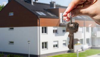 Ile lat trzeba pracować na mieszkanie? Porównaliśmy ceny i zarobki w 19 największych miastach